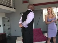 Hot Shyla Stylez fucking with customer