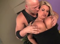 BBW hot blonde gets her pussy fucked