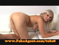 Casting director pounds gorgeous milf babe