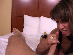 Milf prostitute gives her client pleasure in hotel room