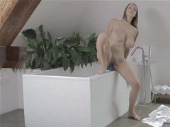 Big tits slut bitch fingering in tub