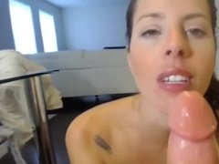 Girl friend sucking a bbig cock and boy friend recording it