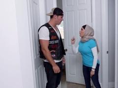 Horny Muslims Crave American Dick