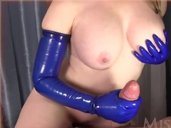Mega Tits and Latex Gloves Make This Handjob Unforgettable